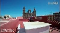 视频: 国外牛人屋顶骑单车坠海完整版