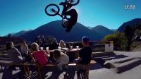 视频: 堪比大片!极限单车玩转警车!