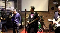 阜新吉他—第5元素乐队(主唱:张帅。主音吉他:吕飞。节奏吉他:韩喆。贝斯:王泽。鼓:许世飞