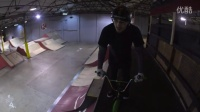 视频: BIGGEST Ramps on the MINIBMX _ Harry Main