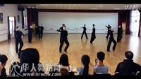 视频: 大气磅礴单人男子斗牛舞!