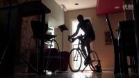 视频: CYCLEOPS - 外面天气再不好我也得练车!