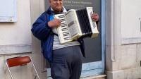 手风琴音乐播放博纳法国
