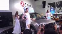 2015深圳国际车展东风高挑车模性感走秀-美女车模