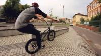 视频: Marton Varga - Elite BMX Shop x BSD Forever