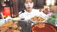 韩国afreeca美女主播Shoogis直播吃饭-400日生日特辑!! +神殿炒年糕,饭团、校村沙拉鸡肉Shoogi~s Eating Show