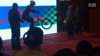 视频: 参加过中国达人秀的单车