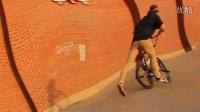 视频: BMX - Steven Moxley Is a Biking Robot