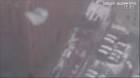 拍客拍下,,,纽约下曼哈顿区工地起重机突然倒塌