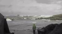 卧槽!暴风雨的时候就不要去海边了