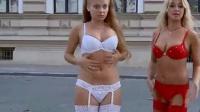 美女脱衣服搞笑恶搞视频