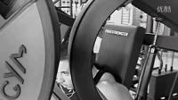 怎么练八块腹肌拉力绳怎么锻炼胸肌 手臂肌肉训练 肌肉养成记
