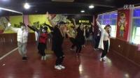 杭州ID酷街舞教官齐跳宅舞《恋爱循环》