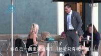 拜金女在狠狠拒绝搭讪男子后才发现「他是超有钱老板」,于是她...