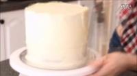 如何制作金色和黑色巧克力和马卡龙装粉蛋糕教程