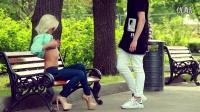 【魔力传媒】社会实验 俄罗斯富三代街头给钱美女脱衣服_超清