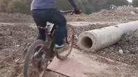 视频: 这山地车玩的,那叫一个激情澎拜啊!