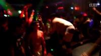 上海某夜店单身派对,美女玲琅满目,玩的很Highuk1