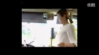 性感美女在公交车上的待遇,胸大胸小差别怎么就这么大呢?_标清 比草克为看片简单相关视频