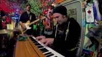 GIANT PANDA GUERILLA DUB SQUAD - _What Kind Of World_ (Live from Cali Roots)