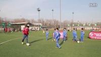 百集足球技巧教学之脚传球