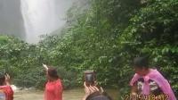 视频: 广西中越德天跨国大瀑布、明仕田园、北海银滩、大新百里画廊自助
