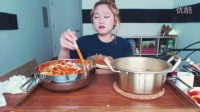 3133韩国吃播吃出个未来·韩国女主播吃货韩国吃播吃饭直播真的是什么都吃,大胃王减肥美食视频美食人生大学生做菜