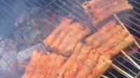 烤面包片 烧烤 烤串 夜市 地摊 烤骨肉相连 烤牛肉串 烤肉皮 烤筋皮 烤五花肉卷金针菇 烤鸡翅 羊肉串 烤鸡皮
