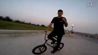 视频: BMX Kaohsiung Taiwan LIBERTYBMX _ R I S E crew _ 阿嘉