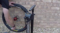 视频: TOPEAK - JOEBLOW BOOSTER顶级山地车打气筒!