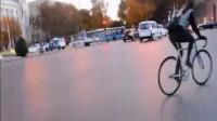 视频: 东台超漂亮死飞妹子刷街