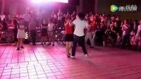 【腾讯视频】_爱拼才会赢。史上最撩人最激情的广场舞