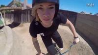 视频: BOX - CAROLINE BUCHANAN后院玩BMX小轮车POV!