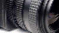 视频: Jak wymienić obiektyw w aparacie?