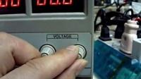 自学修理手机维修视频教程_5秒检测手机主板漏电导致不开机故障[高清]