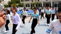 宕昌县两河口小学2016年六一节目《兔子舞》