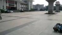 视频: 滕州517死飞青少年单车bmx海豚跳跃三人