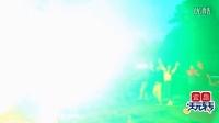 实拍三峡大老岭篝火晚会,千人共跳兔子舞
