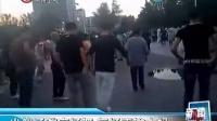 """5名小伙街头大跳广场舞 """"夜店小王子""""秒杀晨练大妈"""