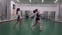 广西灵山二中校园舞蹈大赛女子现代舞三人舞《展开翅膀》[720P版]