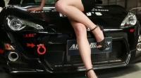 AIT北京顺义汽车嘉年华-36D性感美女演绎车震新姿势!