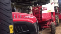 东方红拖拉机LX1200 2驱车型,静态展示。
