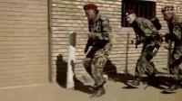 杂牌雇佣军空降敌后营救黑人领袖《野鹅敢死队》-头条视频