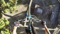 视频: 史诗般的公园骑行