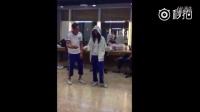 佛爷陈伟霆和尹小姐赵丽颖跳舞]很有默契!