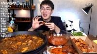 更新啦韩国大胃MBRO吃播炸鸡火鸡面年糕抹茶蛋糕