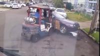 这样简单粗暴的方法对付违规停车,只能说交警真拼