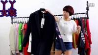 (已清)8月5日丫丫女装335,品牌泡泡糖欧版风衣外套50件起批28元/件,100件送2件