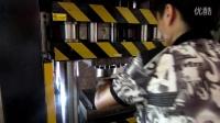 冰箱空调压缩机外壳旋切边机 车载式空调压缩机壳体切边机 制冷式压缩机外壳切边机