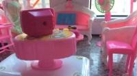 芭比娃娃的聚会小中(草莓小果酱玩具视频)